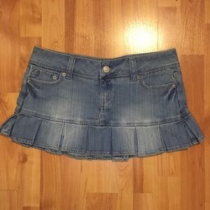 Denim Miniskirt with ruffled bottom
